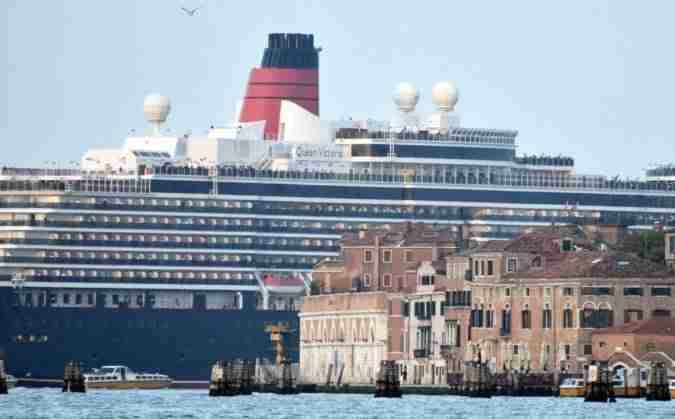 Vtp Calendario Navi.C E Un Gran Traffico A Venezia Fa La Cosa Giusta